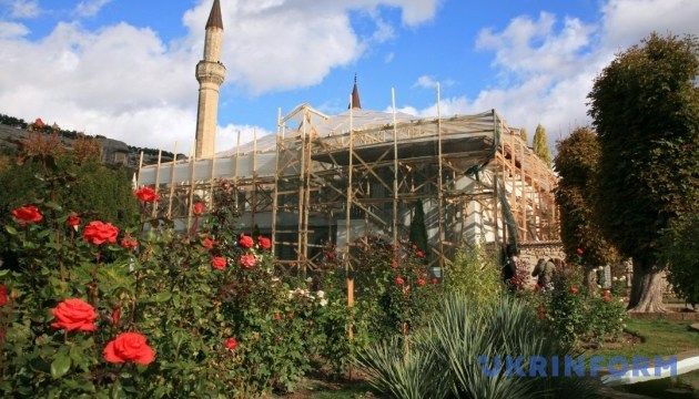 ЮНЕСКО має перевірити стан Ханського палацу в окупованому Криму — Нищук