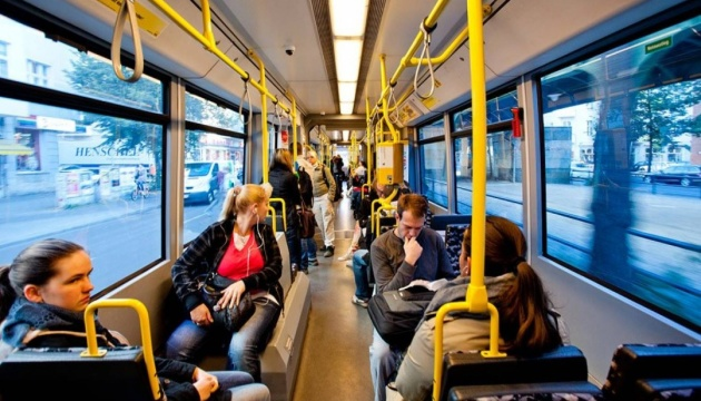 У Львові запускають сервіс SMS-оплати за проїзд у громадському транспорті