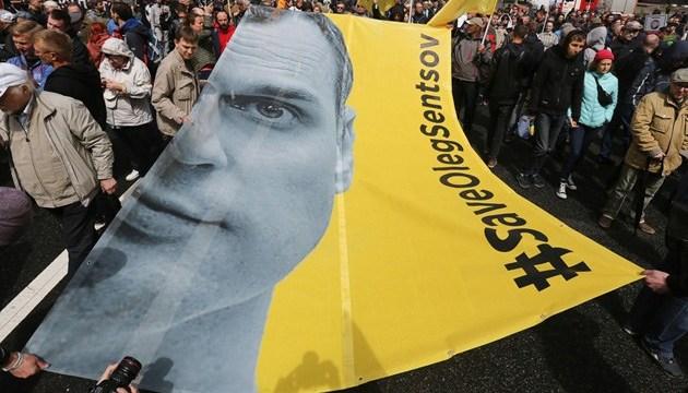 Жизнь Сенцова под угрозой - США поддержали призыв ООН к России