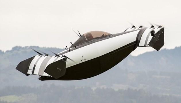 В Штатах презентовали летающий электромобиль
