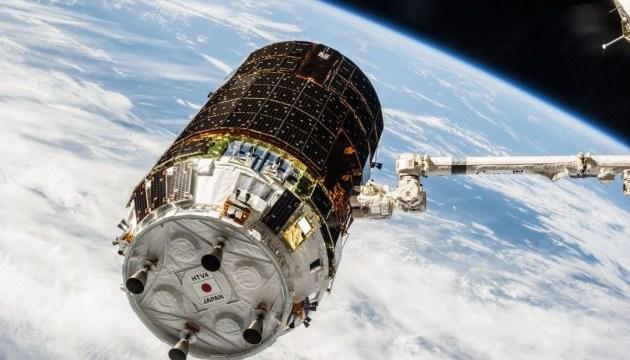 Японцы анонсировали запуск нового космического уборщика