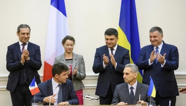 L'Ukraine va acquérir 55 nouveaux hélicoptères français