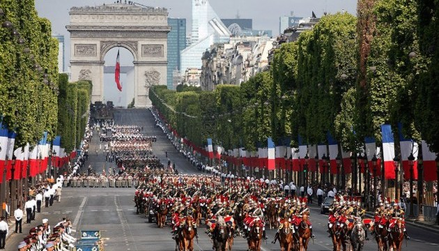 У Франції відзначають День взяття Бастилії