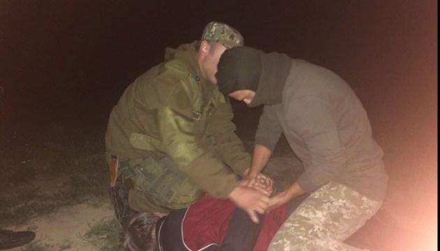 Прикордонники зі стріляниною затримали нелегалів на Закарпатті