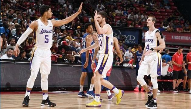 Михайлюк отримав аплодисменти від Леброна Джеймса у матчі 1/4 Літньої ліги НБА