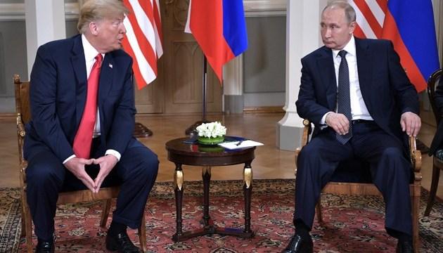 Трамп до саммита с Путиным лично одобрил обнародование обвинений ГРУ - СМИ