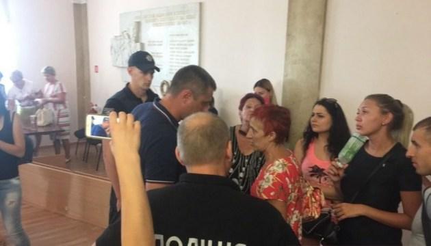 В николаевской мэрии избили директора