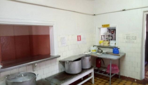На Донеччині перевірять кухні в усіх дитячих таборах