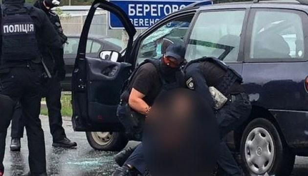 Стрілянина у Мукачевому: поліція затримала наркоторговців