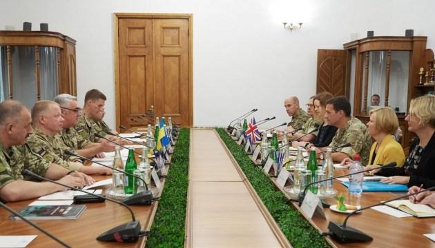 Україна хоче розширити співпрацю з армією Британії - Міноборони