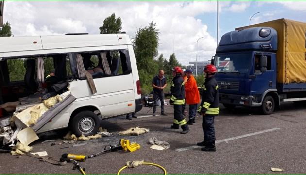 Кривава ДТП під Житомиром: мікроавтобус не мав ліцензії