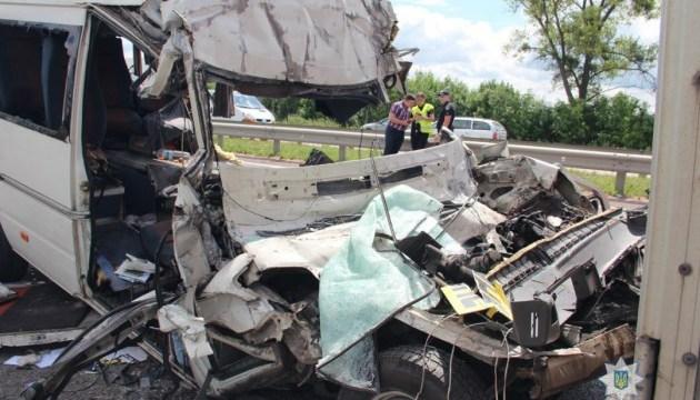 Поліція встановила особи усіх загиблих у ДТП під Житомиром