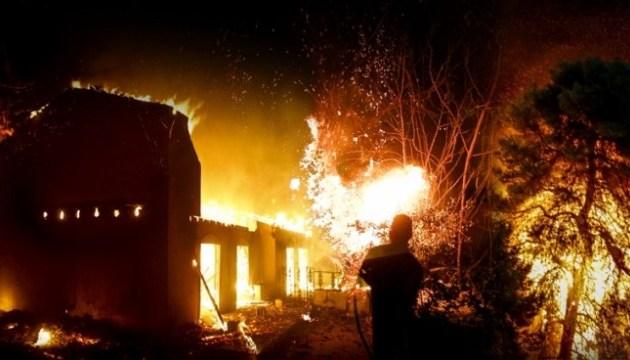 Українців серед постраждалих від пожеж в Афінах немає — МЗС