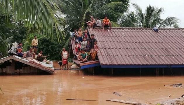 У Лаосі обвалилася дамба, зникли безвісти понад 100 осіб – ЗМІ