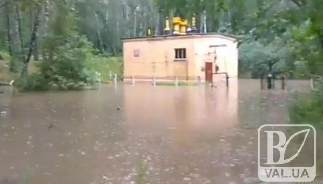 У Чернігові зливи
