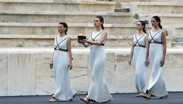В Афинах зажегся огонь III Юношеских Олимпийских игр