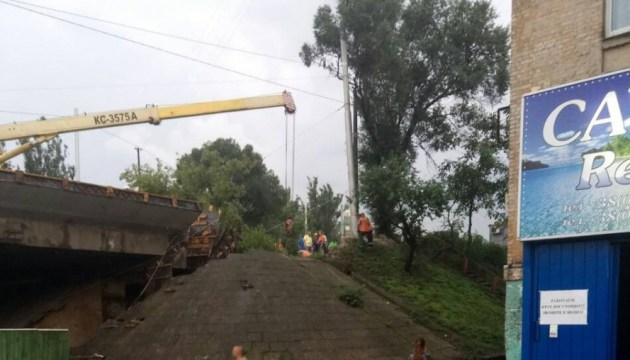 Мост на Телиги перекрыли, КГГА решает его дальнейшую судьбу