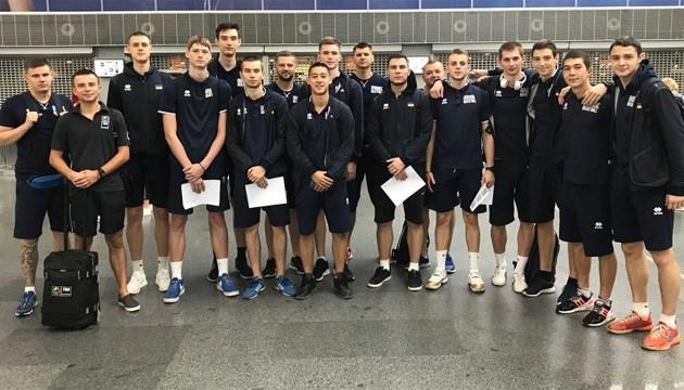 Українські баскетболісти вирушили на чемпіонат Європи (U-18)