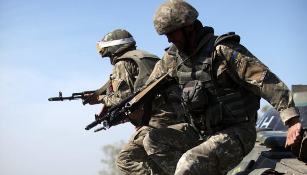 Ocupantes disparan contra los defensores de Avdiivka