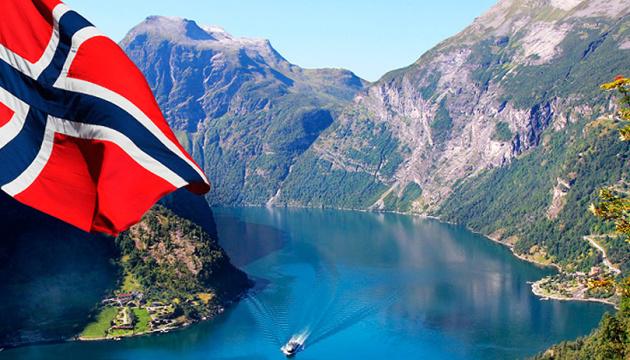 Норвегія послаблює карантин - тепер алкоголь продаватимуть і вночі