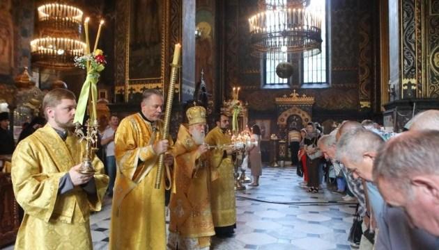 Річниця хрещення Русі-України: у Києві проходить нічне богослужіння УПЦ КП