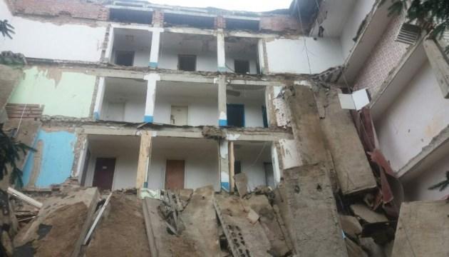 На Житомирщине обвалилась стена в студенческом общежитии