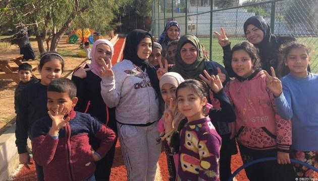 Перша тисяча сирійців повернулися на батьківщину з Лівану