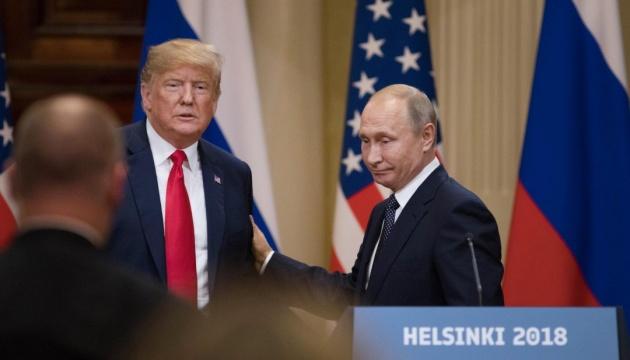 Ексречниця Трампа розповіла, що він обіцяв Путіну «не на камеру»