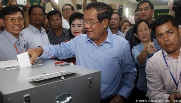 У Канаді стурбовані недемократичними виборами у Камбоджі