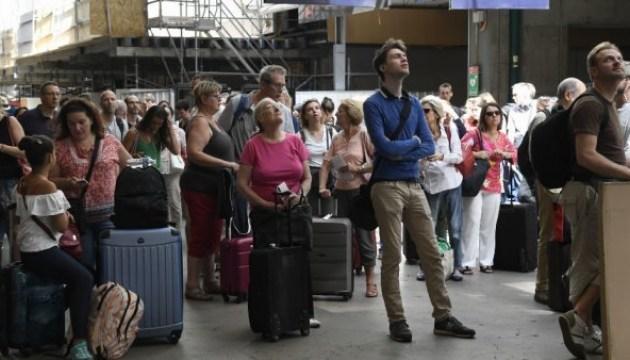 Аварія на паризькому вокзалі: електропостачання відновлять вже сьогодні