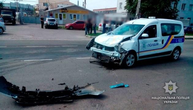 У Полтаві машина інкасатора зіткнулася з поліцейською