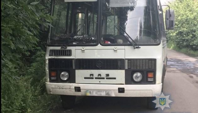 На Київщині поліція впіймала п'яного водія за кермом автобуса