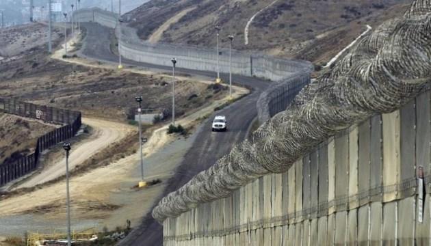 Трамп хоче якнайшвидше відгородитися від Мексики стіною