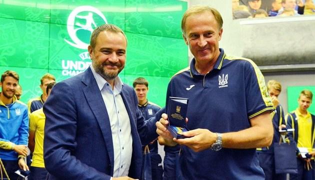 Петраков: Сборная по футболу U-19 даже перевыполнила задачу на Евро-2018