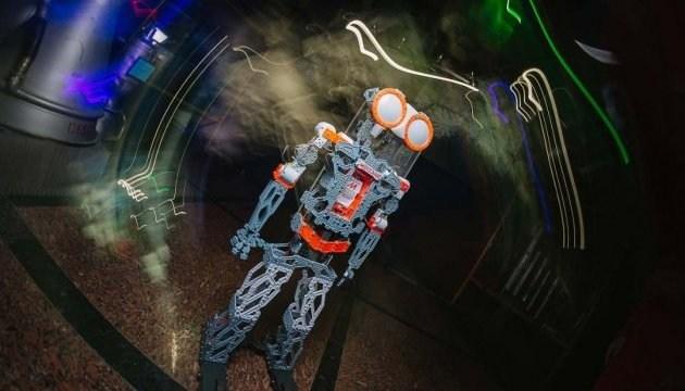 Житомирський музей космонавтики запрошує на безкоштовну екскурсію з роботом
