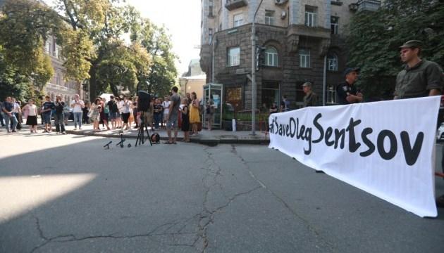 Menschenrechtler wollen wissen, was für Befreiung politischer Gefangenen des Kremls gemacht wird