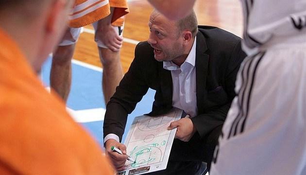 Баскетбол: тренер