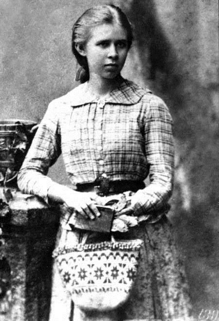 На фото – Леся Украинка в Одессе. Тот самый 1888 год.