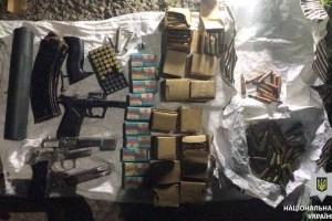 Українець намагався ввезти до Молдови велику кількість зброї