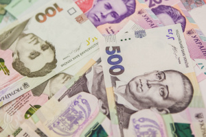 Narodowy Bank Ukrainy osłabił kurs wymiany hrywny do 25.25