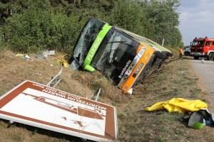 В Германию доставили пострадавших в аварии автобуса на Мадейре