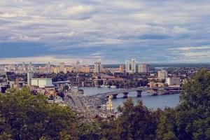Книжковий Арсенал, Тедді-пікнік і Radioday: як столиця святкує День Києва