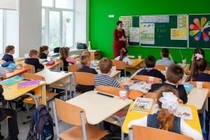 Школи Києва цьогоріч чекають на майже 32 тисячі першачків
