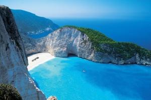 Українці зможуть подорожувати до Греції з 1 липня за умови стабільної епідситуації - МЗС