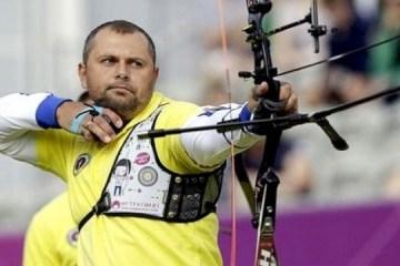 波罗申科祝贺乌克兰射箭运动员打破世界纪录