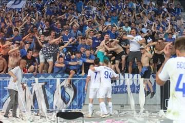El Dynamo se impone al Shaktar en la tercera ronda de la Liga Premier de Ucrania (Fotos)