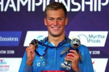 游泳:米哈伊尔•罗曼丘克赢得欧锦赛第二金