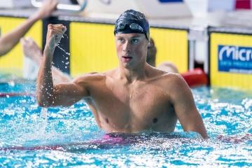El nadador ucraniano Romanchuk gana las competiciones en Bélgica