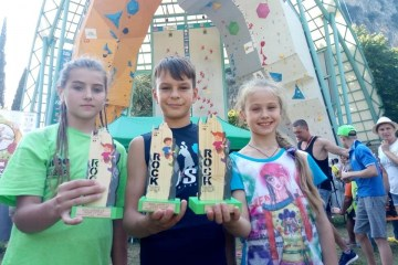 Three young Ukrainians win medals at European rock climbing competition