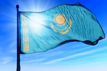 Kazakhstan gives additional freight transport permits to Ukraine